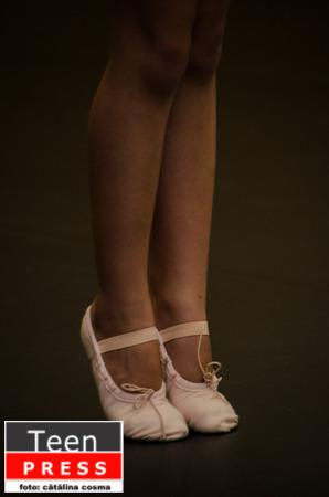 Cutiuta cu maimute – Baletul – arta calcata in picioare?
