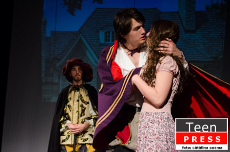 In tercere pe la Shakespeare's Heritage